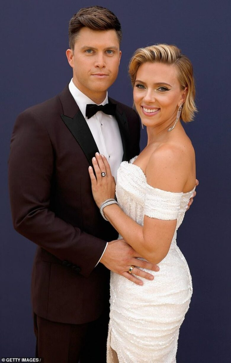 Scarlett Johansson Got Engaged To Colin Jost2