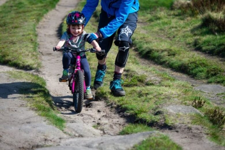 The Advantages to Your Child If You Let Your Child Bike6