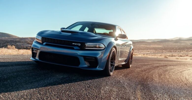 dodge charger srt hellcat   powerful  fastest car