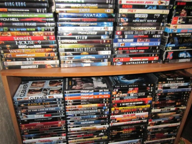 Buying Movie DVDs Online – A complete guide - DemotiX