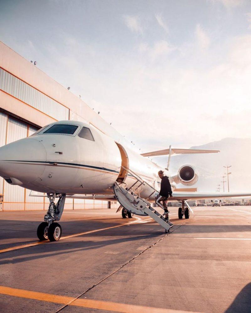 Jason Derulo private jet