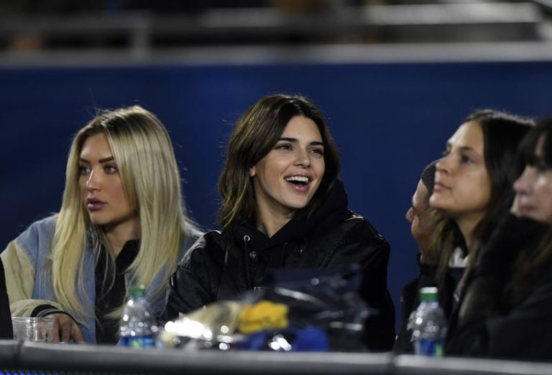 Kendall Jenner Booed At An NFL Game