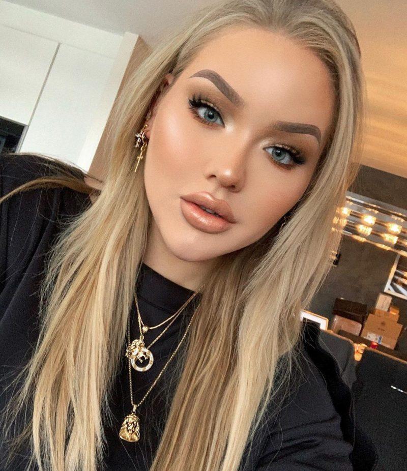 YouTube Star NikkieTutorials Reveals She Was Born as a Man ...
