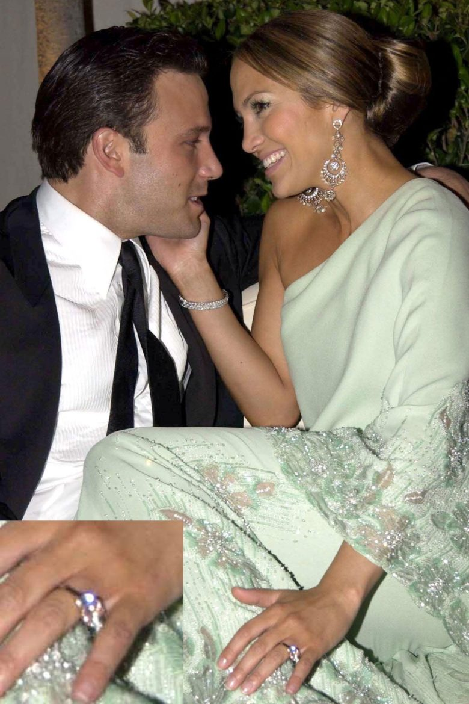 Jennifer Lopez Loves the Engagement Ring Ben Affleck Gave ...