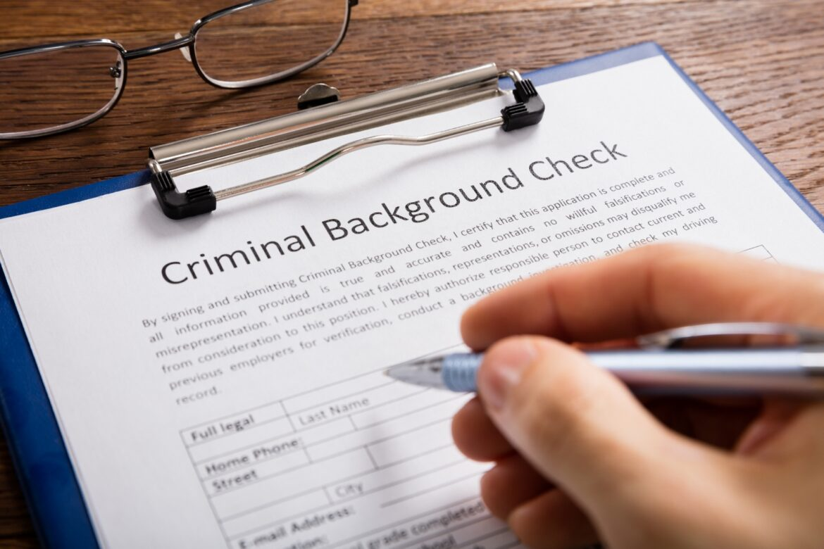 Why People With a Criminal Record Should Be Allowed To Get a Job – 2020 Guide