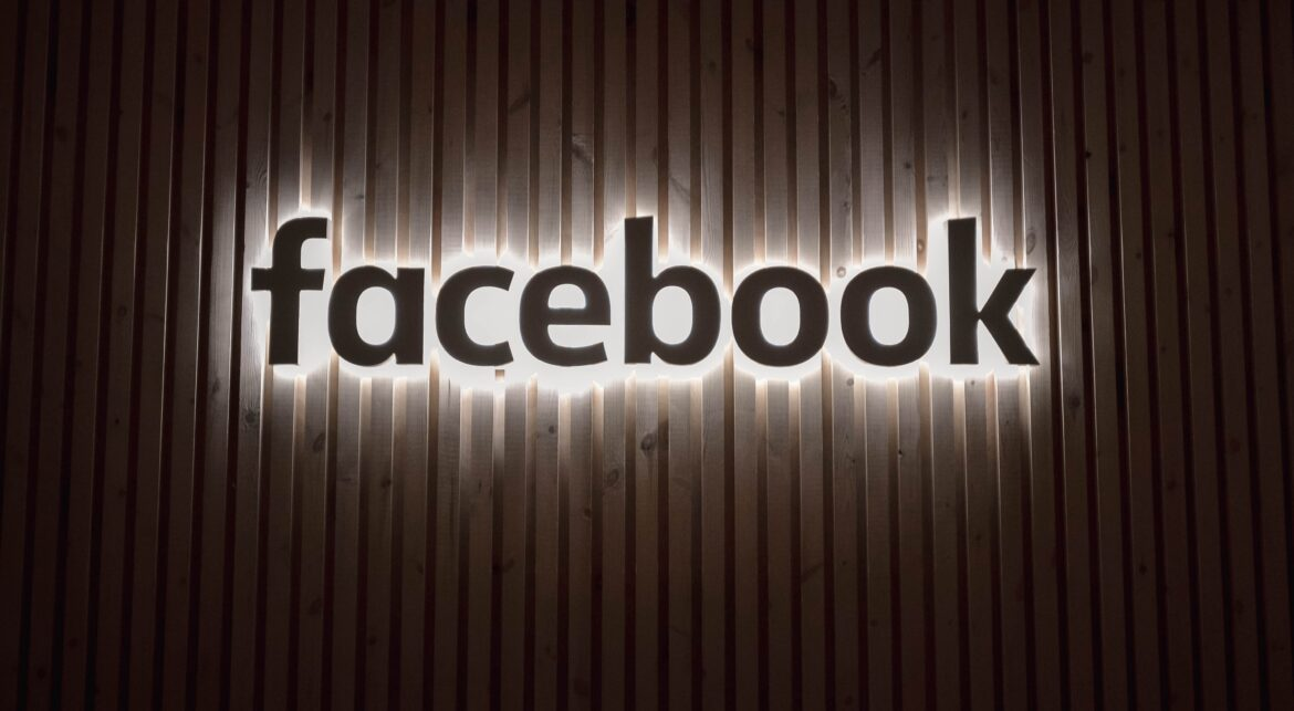 12 Useful Facebook Tools & Tricks You Should Be Using in 2020