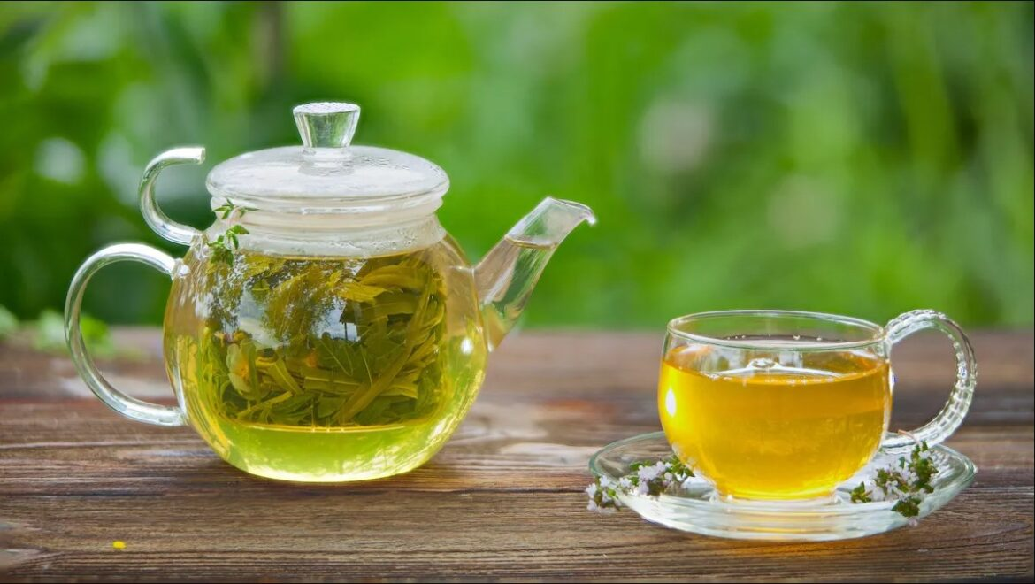 10 Health Benefits of Drinking Green Tea – 2020 Guide